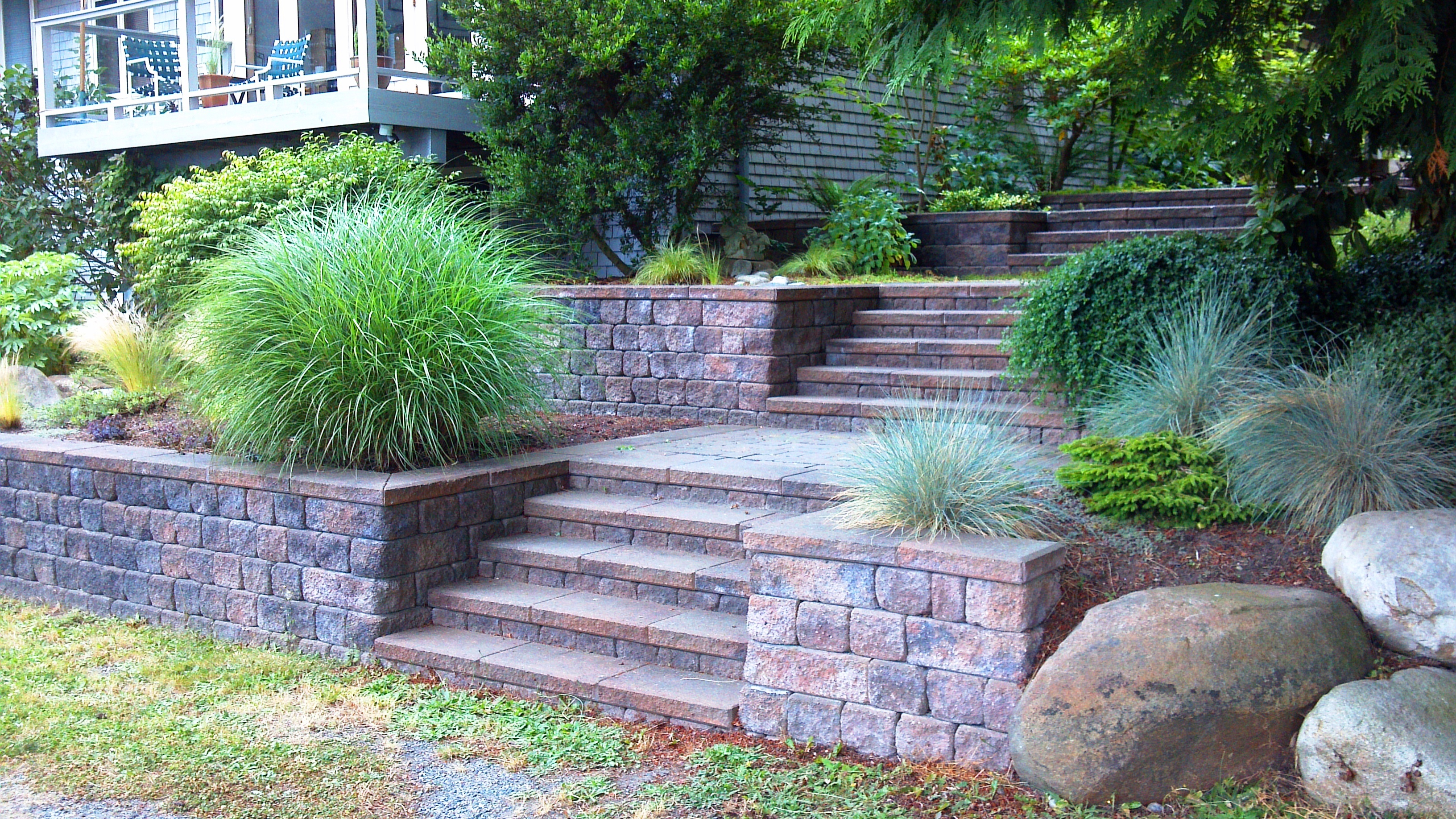 Landscaping Rocks Puyallup : Roman pisa wall steps